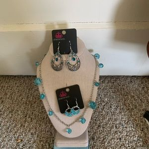 Paparazzi necklaces and earrings